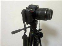 本人有一部尼康d5100相机想低价出售,适合喜欢拍照的新手,包括相机,三脚架,相机包,还有入门到精通...