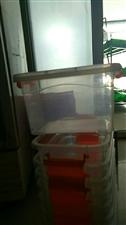 便宜出售保鲜盒30个,可以放干果,放咸菜!