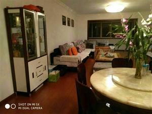 紫江花园3室2厅2卫50万元