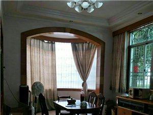 高档别墅区、银馨苑5室3厅3卫243万元
