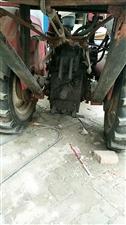 卖双扛三五拖拉机。带背服玉米收割机,成色新没出过力