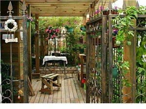 專業定做木屋花箱花架地板欄桿
