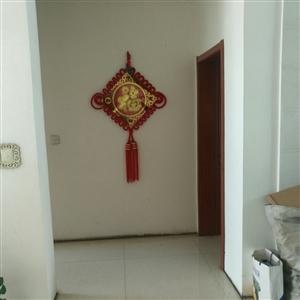 凤凰苑2室2厅1卫简装两居50万元