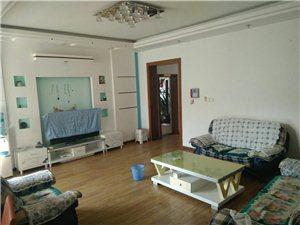 世纪花园3室2厅2卫1500元/月