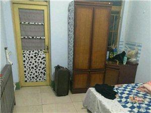 庆丰小区2室1厅1卫350元/月