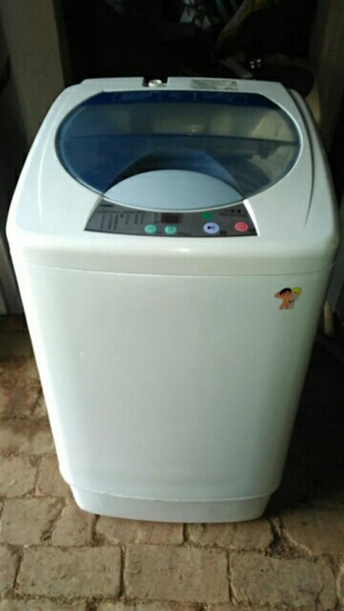 海爾全自動洗衣機6公斤,9成新,功能優420元。可送貨電話18336191875