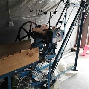 自动上杆面条机一套八千五卖,25公斤和面机,自动上杆挂面机,黑金刚面刀6把,可做抄手皮、饺子皮、水面...