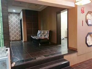 十字街166平米装修4室3厅5卫41.8万元