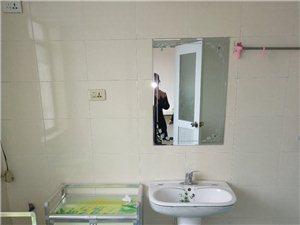 紫江花园4室1厅2卫1100元/月