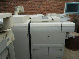 佳能7105复印机   一分钟110页  能分页