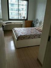 南大街3室2�d2�l55.8�f元