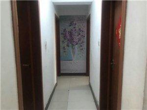 雅居苑3室2厅1卫9500元/月