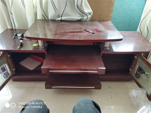 电视柜!新还不用!几年前买尺寸不对!一直不用!长1.7米,现在低价处理!需要的上门自提