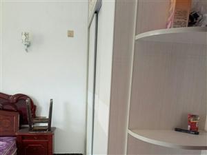 精装修好房3室2厅1卫1200元/月