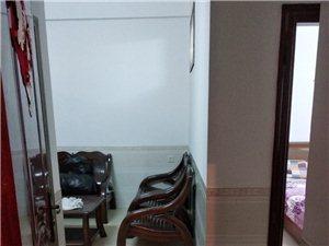 第五小学旁2室1厅1卫650元/月