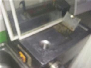 电动肉片机、肉馅机两用,因店面装修,原价680元,低价出售!
