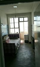 一村2室1厅1卫400元/月