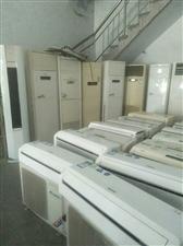 高价回收空调冰柜,展示柜,蛋糕房设备,制冷设备,饭房设备。