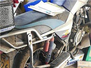 125摩托一辆,75成新,低价出售或互换品牌电动车也可考虑.