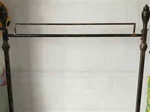 古铜色衣架150元自提