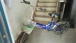 上海永久折叠自行车,闲置处理,22吋,8成新,骑行轻快,质量也非常好,想要购买的联系我