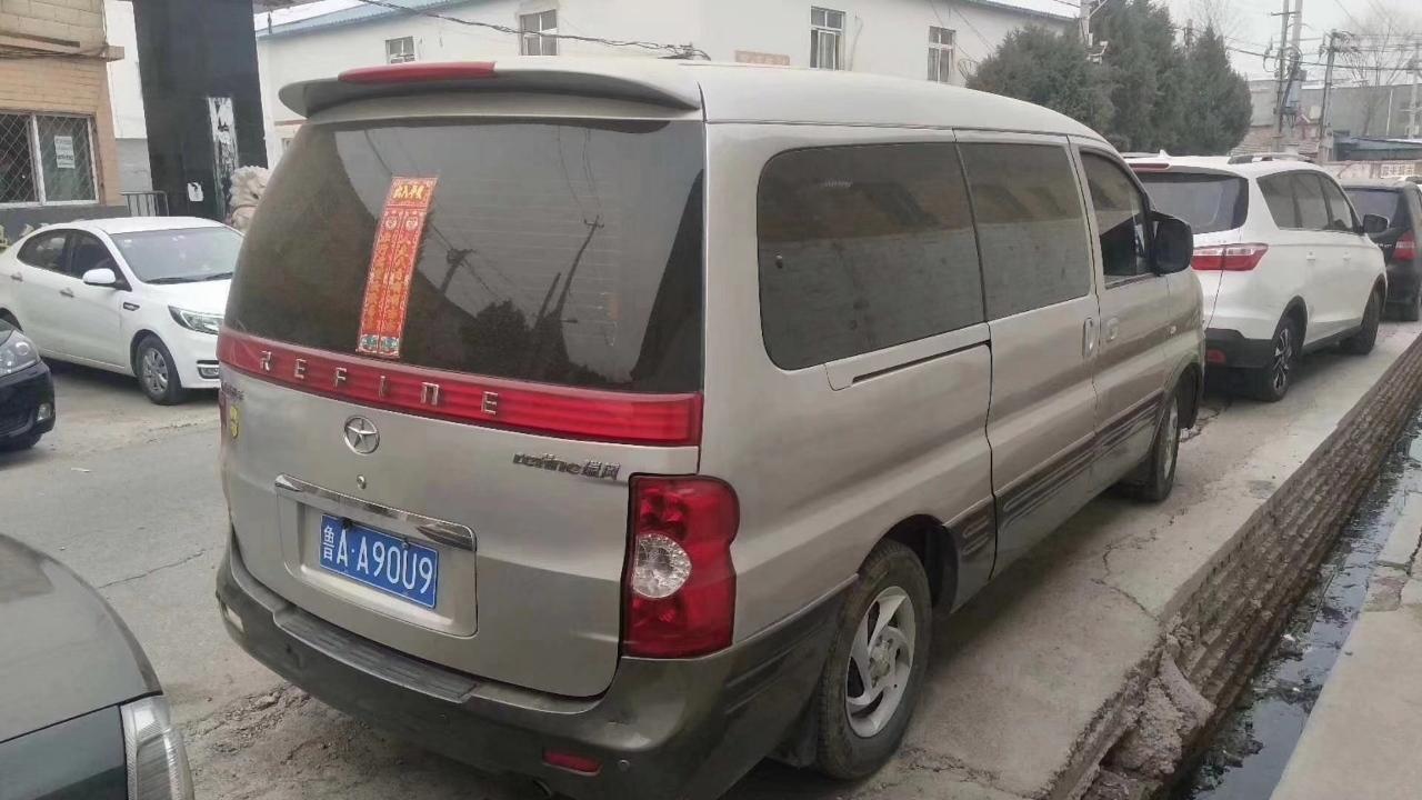 江淮瑞风2011款2.4L祥和汽油豪华版