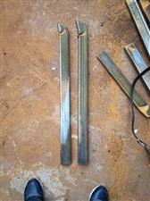 30*60*1.5MM 铁管  长度80cm,长期有货,厂家生产的边角料,有需要的朋友可以联系,联系...