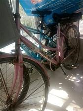家有儿子女儿初中骑的自行车和山地车各一辆!孩子上高中了用不上。有上学需要的可以联系!自行车200山地...