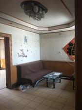 姜家小区市区繁华路段多层4楼三室月租仅800
