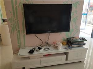 沙发,茶几,电视柜,电视一块转,有需要的电联