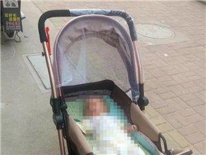 婴儿车,轻便宝宝推车。去年买的没怎么用,八成新,现在宝宝大了用不到了,放在家里占地方,有需要的可以联...