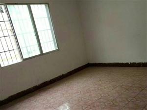 三中小区9室2厅2卫92.8万元