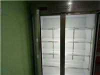 保鲜柜一台八成新,桌子六张配套八成新,有意者请电话联系18786237749