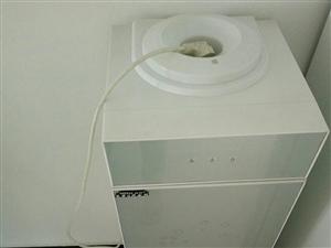 美菱饮水机       十成新    结婚时买的   一直在外面打工所以用不到想出售一下