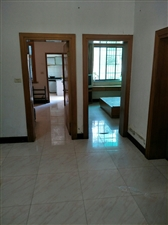 教师楼3室2厅1卫1050元/月
