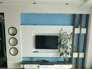 蓝溪国际3室2厅2卫135万元
