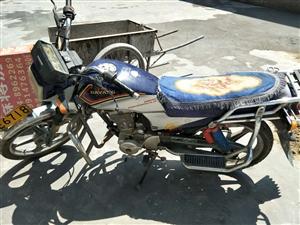 处理一辆8成新的摩托车,价格1500元,想要的抓紧时间。联系电话13991476364:车在中村喜来...