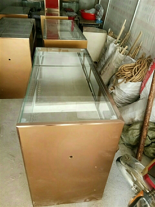出售二手玻璃展示柜