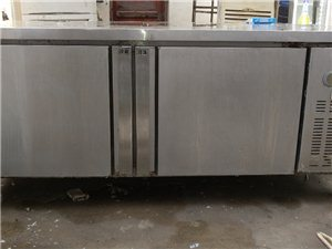 出售饭店用的切配冷柜8成新,