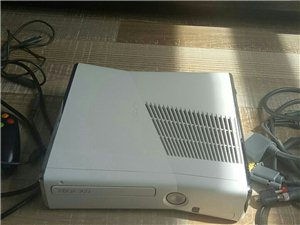 Xbox360 s版 15年北京中关村入手 体感搬家弄丢 只通关了战争机器 光环系列 硬盘320g ...