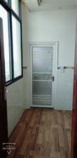 里仁学苑新区安置区2室1厅2卫1000元/月