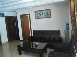 新坡花园3室2厅2卫1500元/月