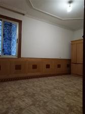 中医院3室2厅1卫800元/月