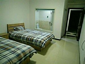 单身公寓1室0厅1卫800元/月