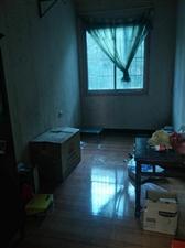 环城南路3室1厅1卫6800元/月