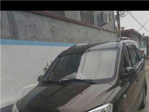出售个人车!东风风光330~1.5排量!15年9月带商业险!7坐!原车中央空调!跑了4万公里!
