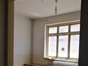 正立广场附近单位小区2室1厅1卫800元/月