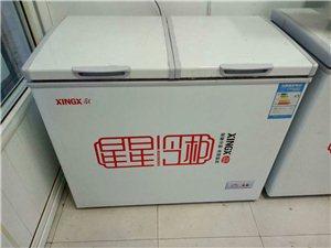 有200多升,一边冷藏,一边冷冻,9成新,有维修记录
