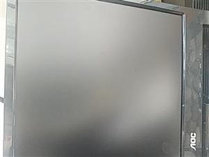19寸显示器 150元