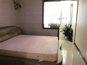 泉倾天下3室2厅2卫1200元/月